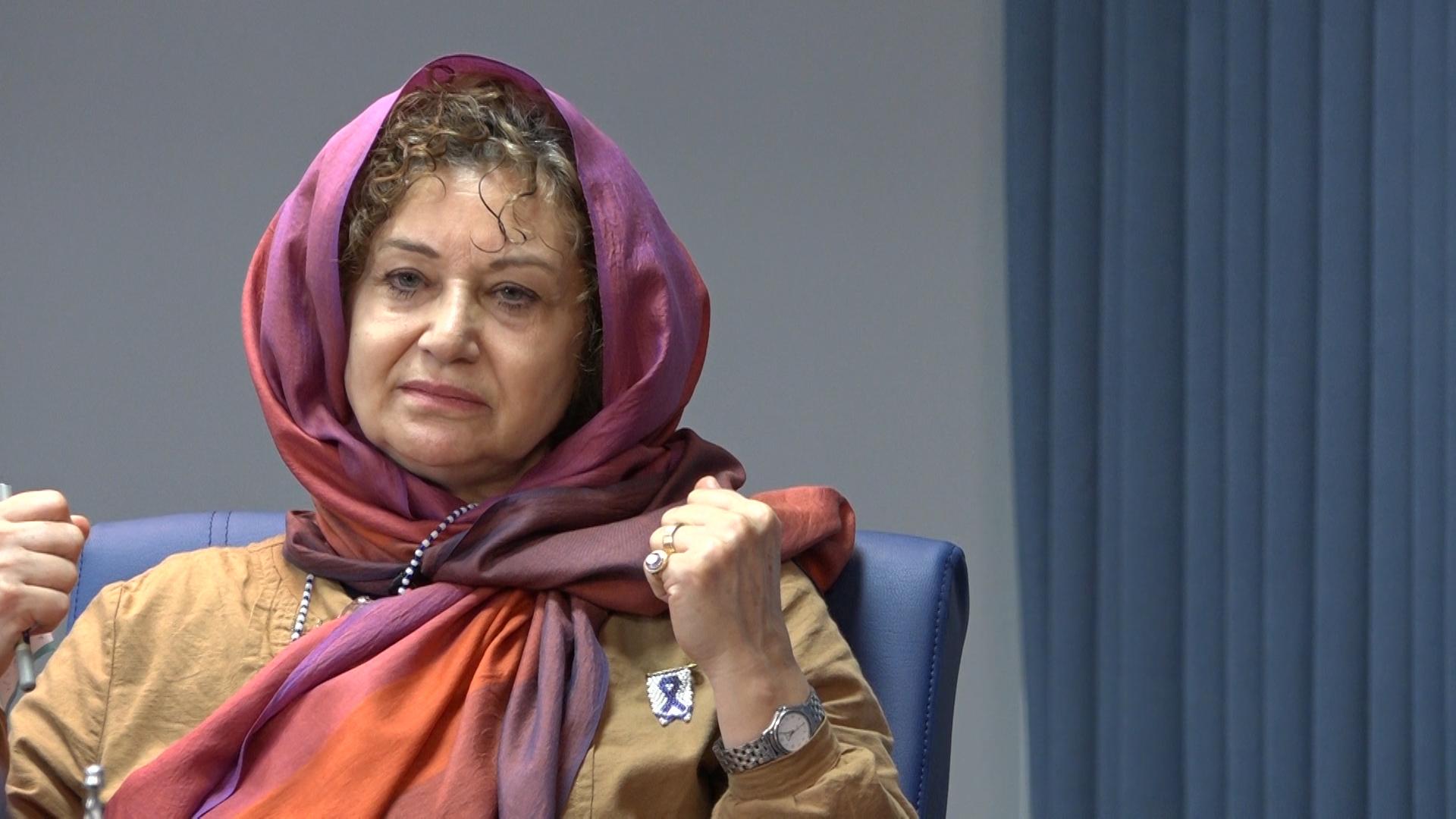 دولت بار خود را بر دوش دیگران نیندازد/ ایران برنامه ای برای کاهش فقر ندارد