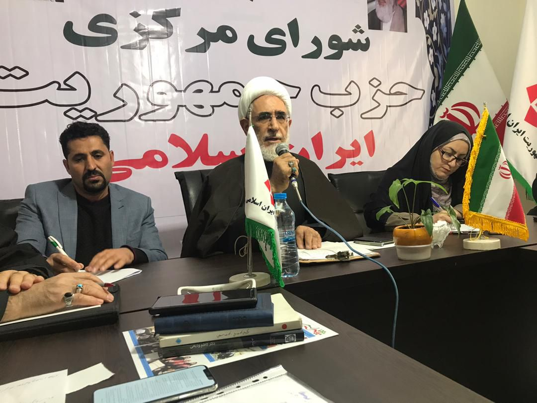 معیار تهیه «لیست امید» در شورای سیاستگذاری، حمایت از دولت روحانی بود